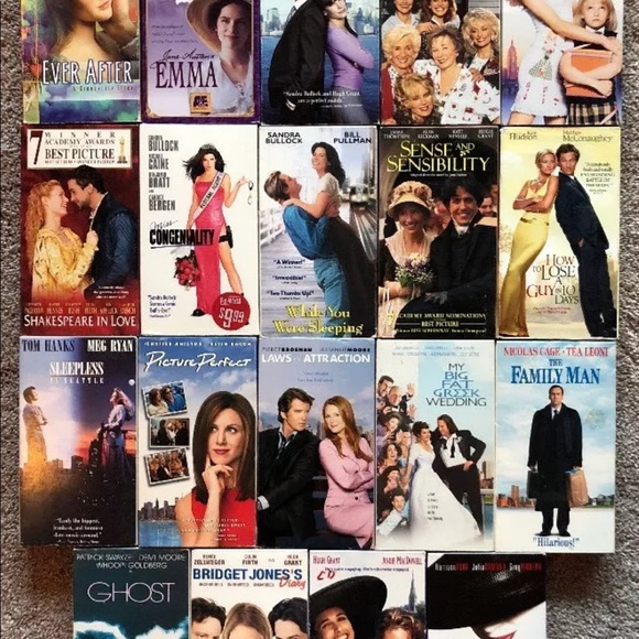 LOT OF 19 VHS ROMANTIC COMEDY MOVIES COLLECTIBLES